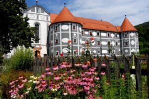 samostan